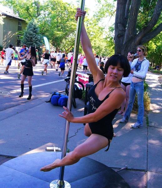 BolderBoulder Pole Dancing